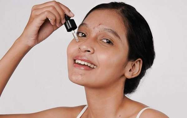 The Truth About Eye Creams and Serums