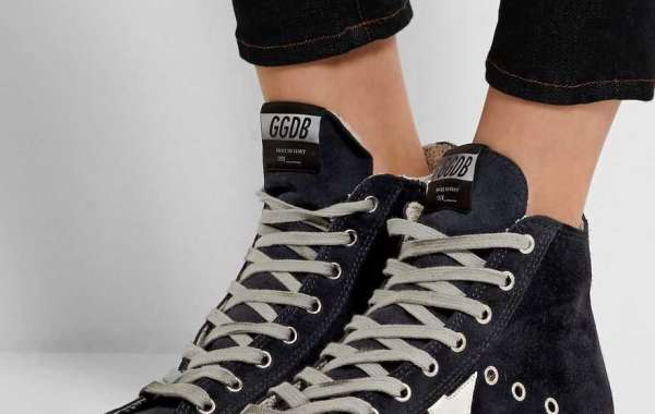 Golden Goose Sneakers a lot more styles